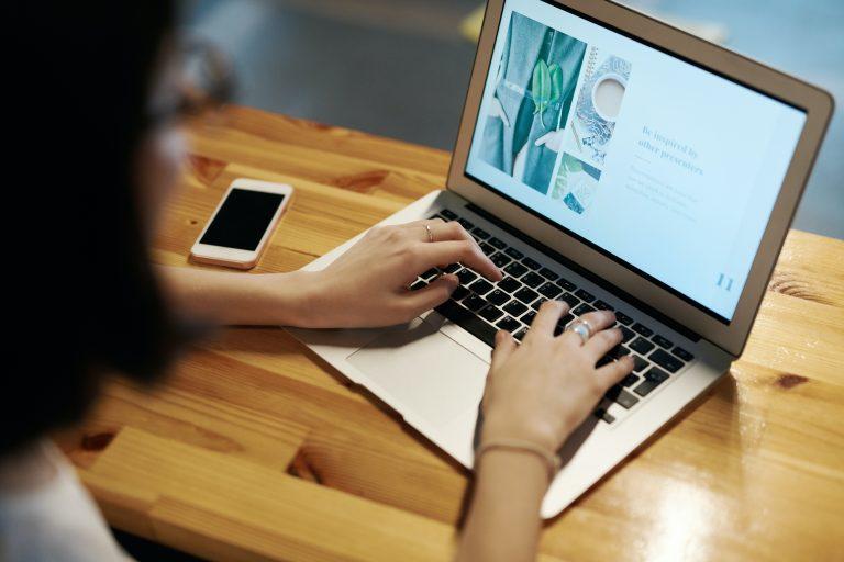 Cara Mengatasi Laptop Lama Restart